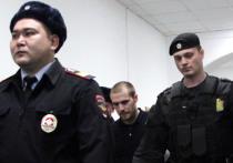 Виновнику гибели пешехода на Бауманской улице в декабре 2016 года Александру Ломову, скрывшемуся после аварии за границей, Басманный суд Москвы назначил два года заключения
