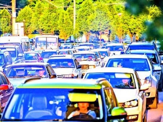 Краснодар снова вошел в  ТОП  городов мира с наибольшими дорожными заторами