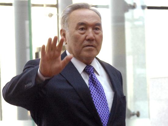 Лингвистическая реформа в Казахстане: Назарбаев дистанцируется от России