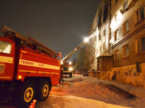 Есть погибшие и пострадавшие. В здании общежития в Чусовом произошел пожар