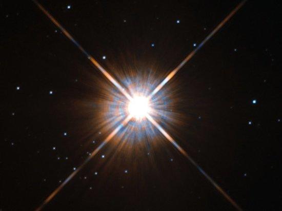 В ближайшей планетной системе зафиксирована вспышка, способная уничтожить там жизнь