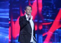Известному певцу Вадиму Казаченко придется выплачивать пока еще законной жене Ольге алименты на их маленького сына