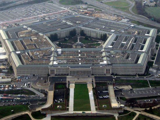 Глава Пентагона заявил о желании России силой перекроить международные границы