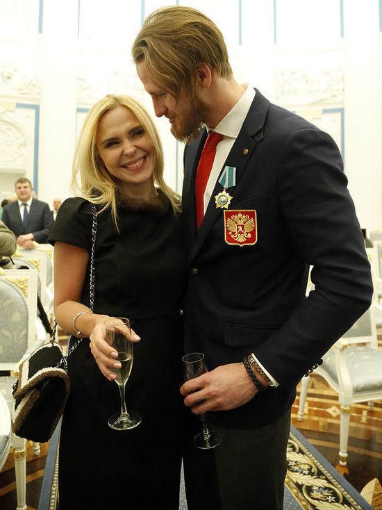 Телегин и Пелагея веселились на кремлевском приеме вопреки слухам об измене