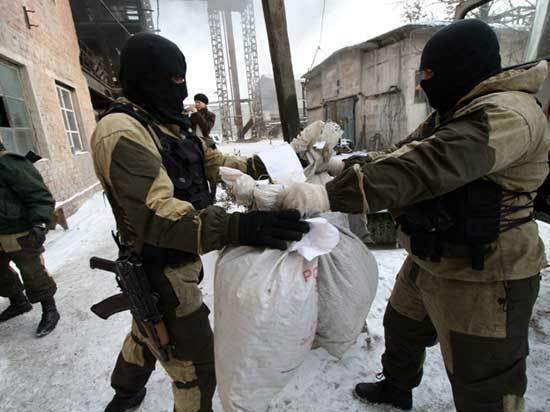 В Улан-Удэ наркотики распространяются по закладкам и разыгрываются в рулетку через мессенджеры