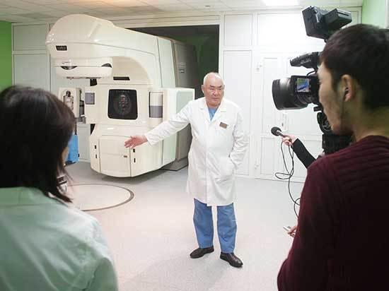 В Республиканском онкологическом диспансере журналистам продемонстрировали все циклы современного лечения рака