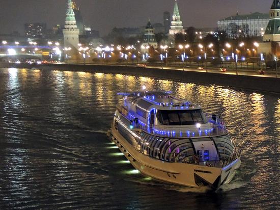 Запутался в двух проститутках: приключения американского ловеласа в Москве
