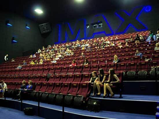 Артем Бурлов: «Государство заинтересовано в развитии отечественного рынка кино»