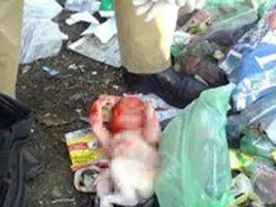 В Ростовской области следователи третий день разыскивают тело новорожденного малыша на свалке