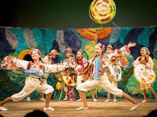 Для больших и маленьких: Каким был второй фестиваль детско-юношеских театральных коллективов