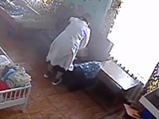 Бесил плачем: санитарку отправили под суд за систематическое избиение ребенка-инвалида