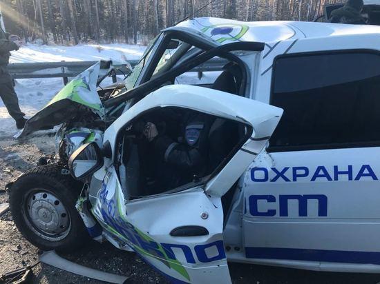 В утренних авариях в Свердловской области погибли два человека
