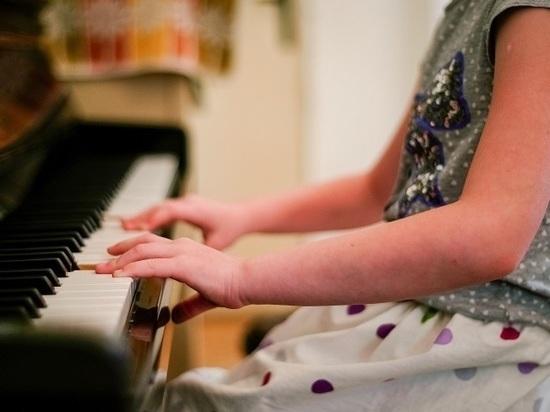 Школы искусств Тамбовской области получат 34 новых пианино