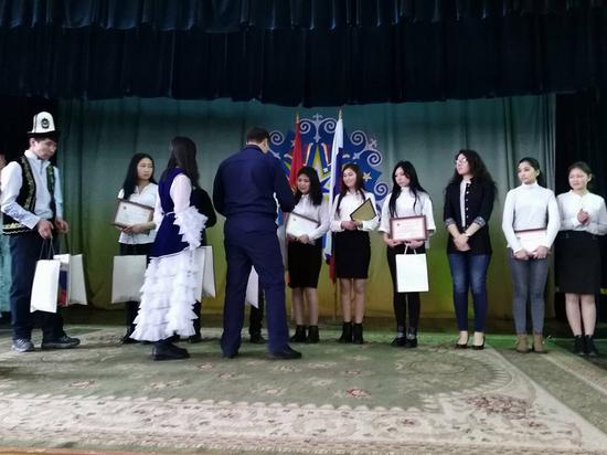 В Бишкеке подвели итоги конкурса эссе: «Взгляд современной молодежи на актуальные темы»