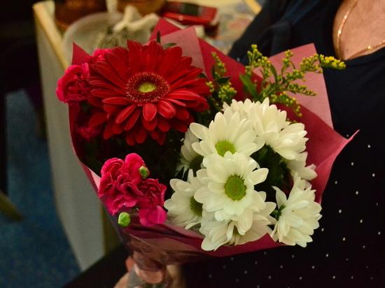 Вологжанки получили поздравления с 8 марта на высшем уровне