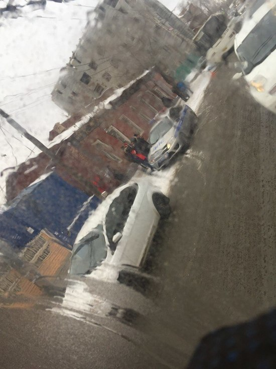 В Оренбурге водитель маршрутного автобуса сбил девушку насмерть