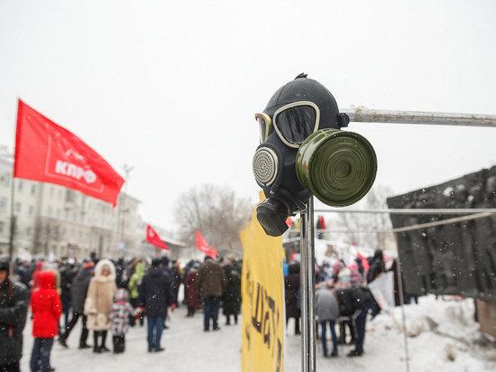 Против мусоросжигательного завода и бесплатных пакетов: в Казани экоактивисты вышли на улицу