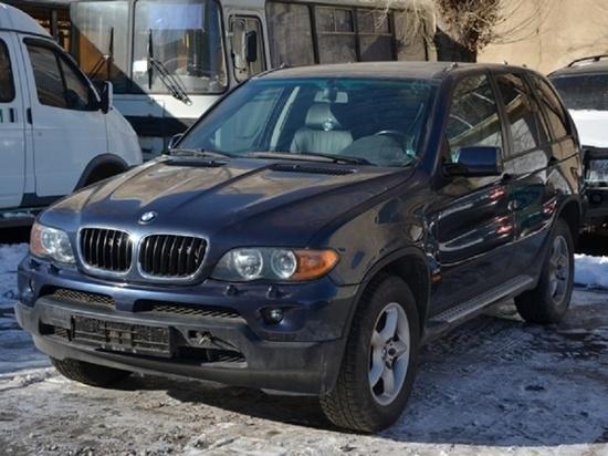 Оренбургская таможня изъяла у иностранца BMW X5