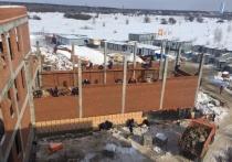 Новая школа в Ивановских двориках скоро встретит учеников
