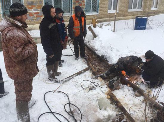 Саратов продолжают сотрясать коммунальные аварии