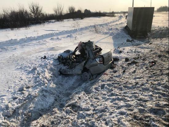 В Сызранском районе в тройном ДТП погиб водитель, два пассажира пострадали