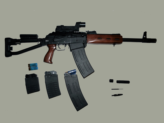 Житомирский депутат похвалил националистов и попытался застрелиться