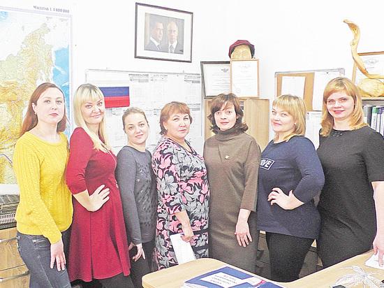Барнаульские женщины плетут сети