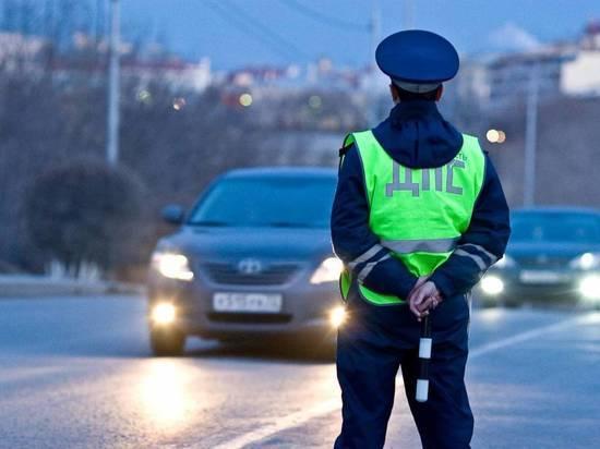 Оренбургским водителям в праздничные дни лучше ездить на такси