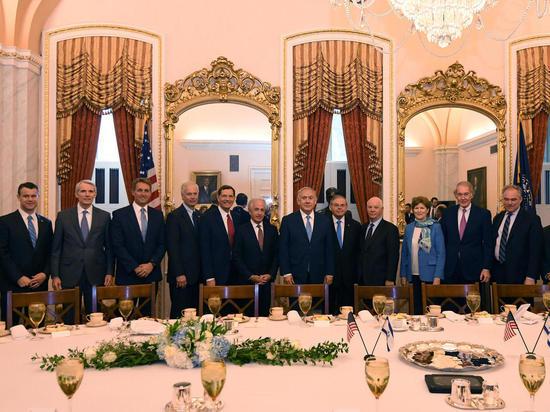 Премьер-министр Биньямин Нетаниягу провел серию встреч на Капитолийском Холме