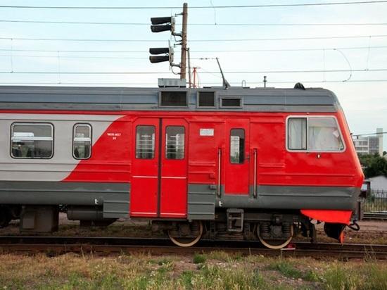 Изменяется маршрут свердловского «егоршинского» поезда