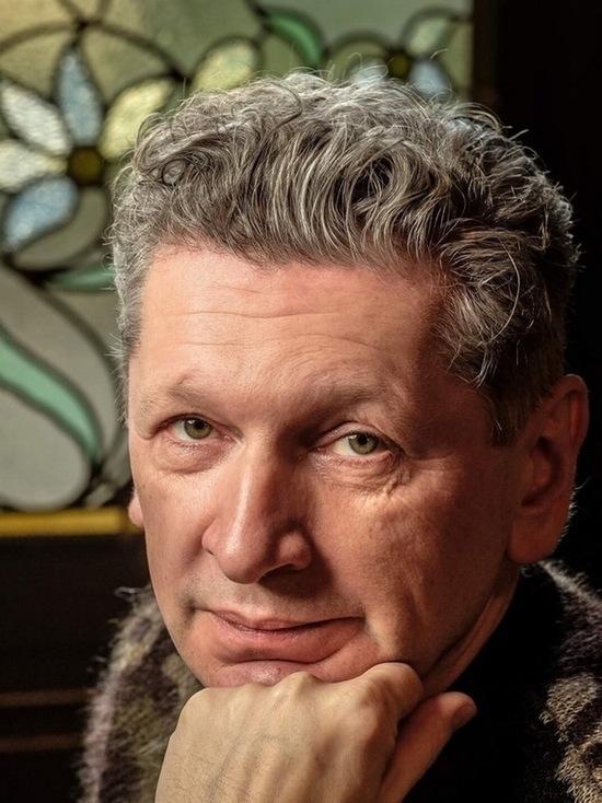Скандал вокруг «Русского авангарда»: коллекционер объяснил отстранение директора музея