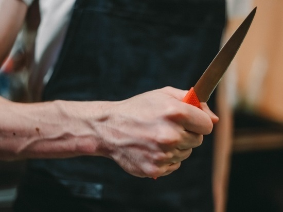 Тамбовчанин пырнул ножом в спину свою собутыльницу