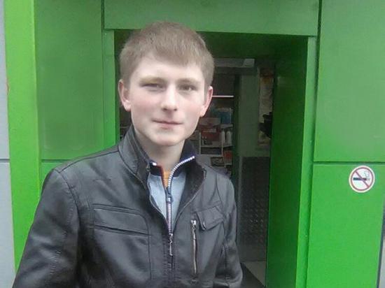Юный герой спас прохожую от собак ценой собственной жизни