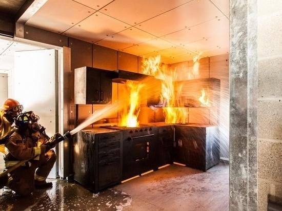 В Архангельске горело питейное заведение
