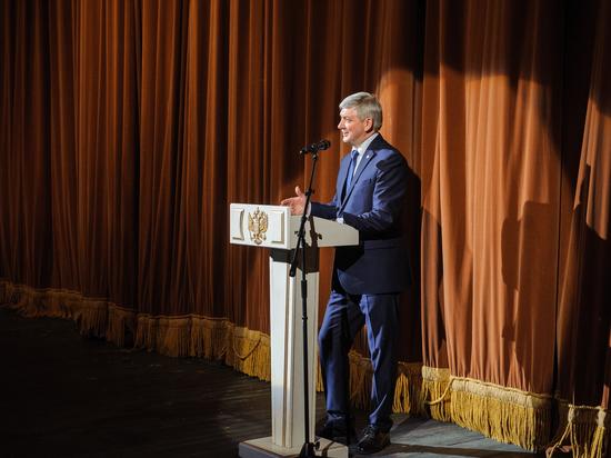 Александр Гусев принял участие в праздничном вечере, посвященном Международному женскому дню