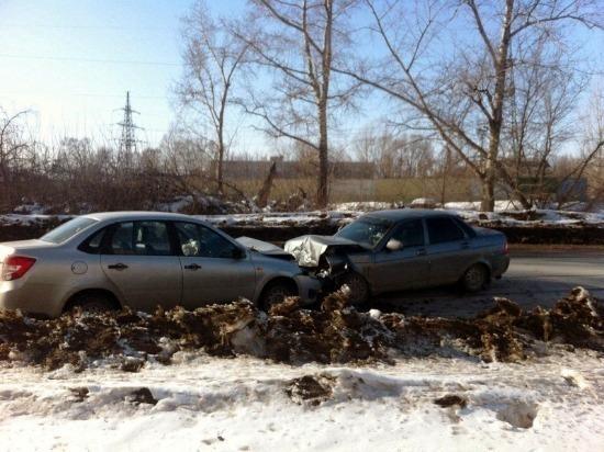 В Тольятти в аварии пострадали четыре человека