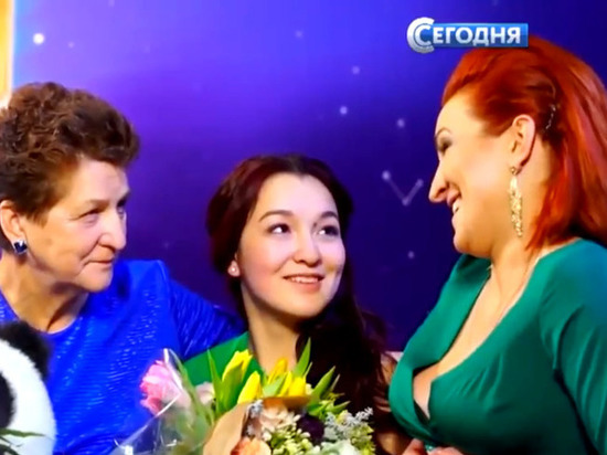 Астраханка вернула маму своей песней