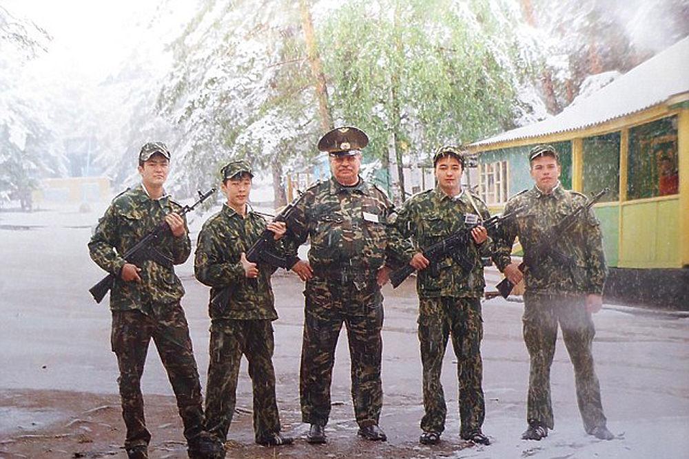 Сергей Скрипаль: жизнь предателя в фотографиях