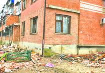 В Краснодаре продолжают выяснять обстоятельства ЧП на улице Славянской