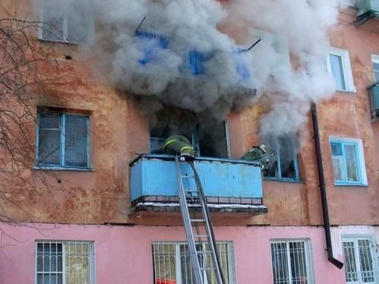 Менее получаса понадобилось спасателям для ликвидации пожара в тверской квартире
