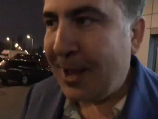 Саакашвили потребовал возобновить против него уголовное дело