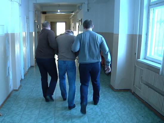 В Тамбове полицейские задержали группу мошенников