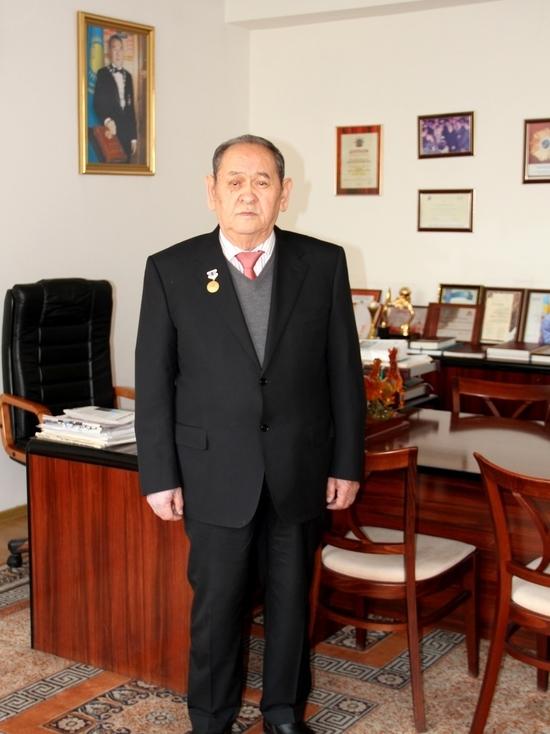 Известному казахстанскому экономисту ректору ЕИнАЭУ Айткали Шокалиулы Нурсеит — 80 лет!