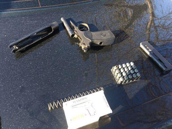 Водитель с поддельными правами и пистолетом с боеприпасами был остановлен в Казани