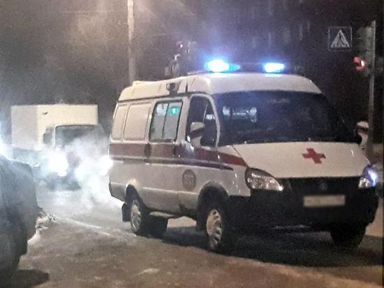 В Омске водитель микроавтобуса сбил 45-летнюю женщину