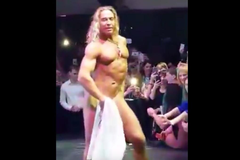 biir-dens-muzhskoy-striptiz-s-seksom