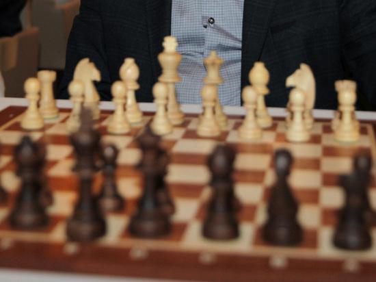 Крамник и Грищук отстали от лидеров на одно очко