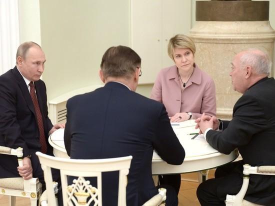 Путин умерил пыл деятелей своего штаба, хотевших особой роли