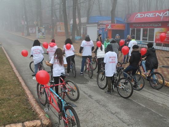 В помощь развитию велоспорта для инвалидов в Ставрополе провели двухдневный веломарафон