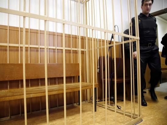 Радикал Дацик получил 3,5 года строгого режима за голых путан